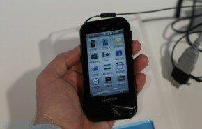 Samsung SCH-M830, con pantalla táctil
