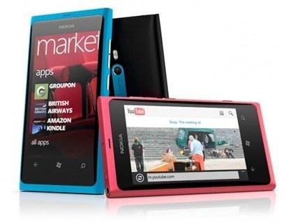 Nokia Lumia 800 - 02