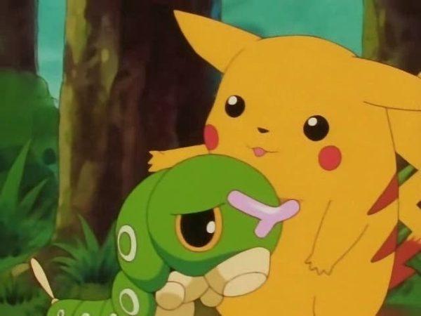 evolucion-de-caterpie-todos-los-trucos-triste-con-pikachu
