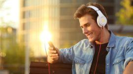 Las 10 mejores aplicaciones para escuchar la radio en el móvil 2017