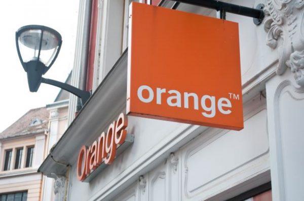 Teléfonos de Tiendas Orange en Madrid