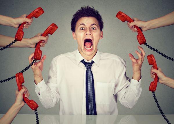 Teléfono atención al cliente crisis