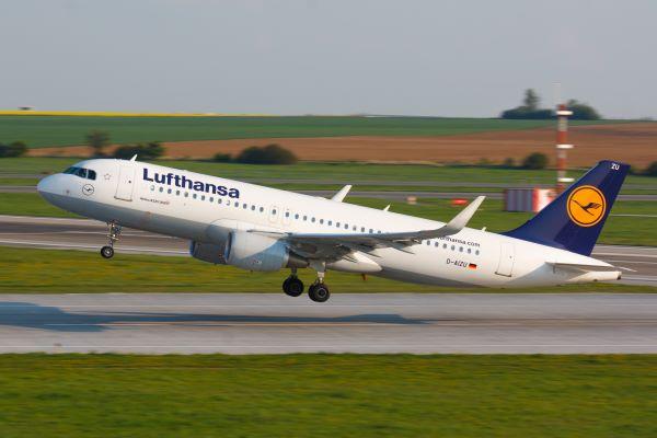 Llamar por teléfono a Lufthansa